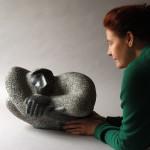 foto 1. PORTRET z rzezba (SILVER BACK, 30x45x25 cm, granit.jpg